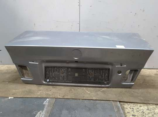 купить Крышка багажника на BMW 3 (E46)