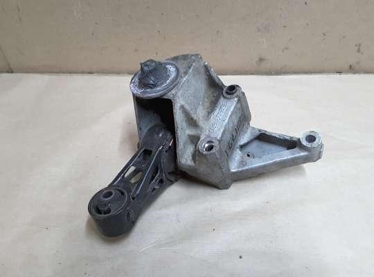купить Кронштейн двигателя правый верхний на Citroen C5 I