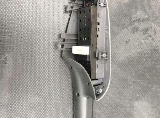 купить Блок управления стеклоподъёмниками на Hyundai Tucson (JM)