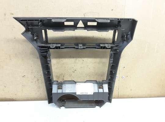 купить Рамка магнитолы на Opel Astra H / Classic