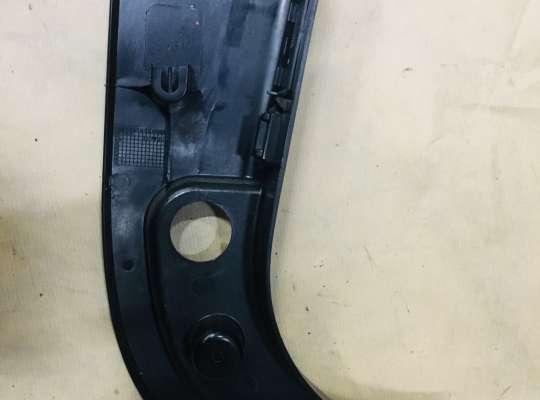 купить Накладка стойки (внутренняя) на BMW 5 (E60/E61)