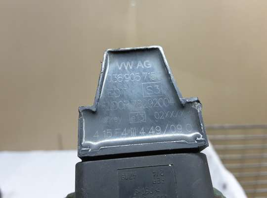 купить Катушка зажигания на Volkswagen Polo Mk4 (9N3)