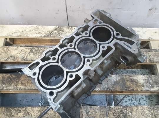 купить Блок ДВС (цилиндров) / Коленвал на Peugeot 2008
