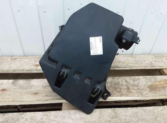 купить Корпус воздушного фильтра на BMW 5 (E60/E61)
