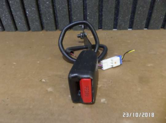 купить Ремень безопасности на Honda Civic VIII (4D, 5D)