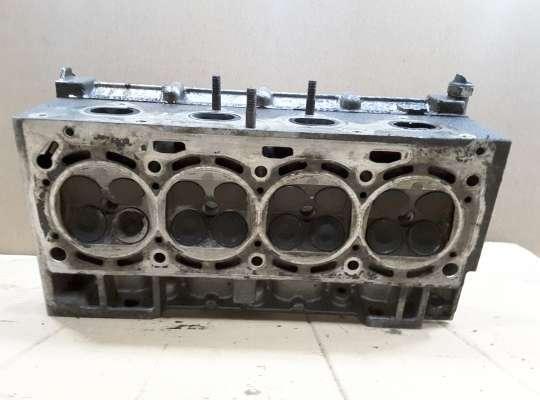 Головка блока цилиндров (ГБЦ в сборе) на Volkswagen Caddy II (9K)