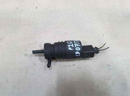 купить Моторчик омывателя лобового стекла на Volkswagen Passat B5 (3B)