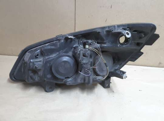 купить Фара передняя на Renault Grand Scenic II