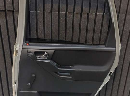 купить Дверь боковая на Opel Meriva A