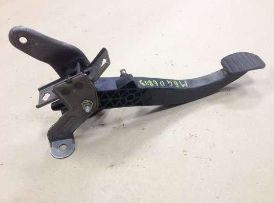 купить Педальный узел (педаль) на Renault Megane II