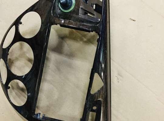 купить Рамка магнитолы на Ford Focus I