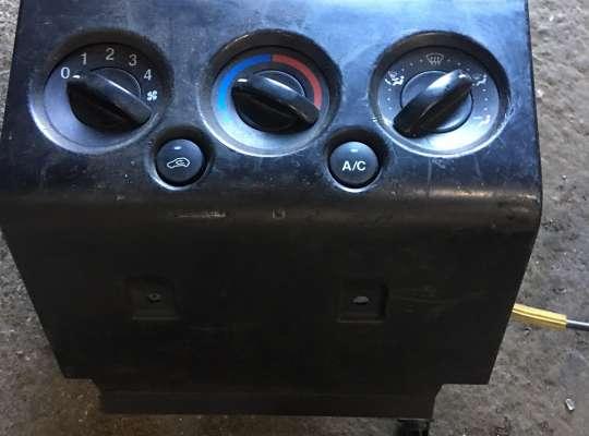 купить Блок управления печкой на Ford Fusion (JU)