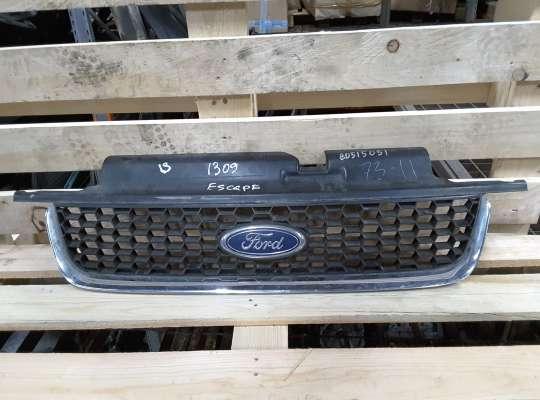 купить Решетка радиатора на Ford Escape