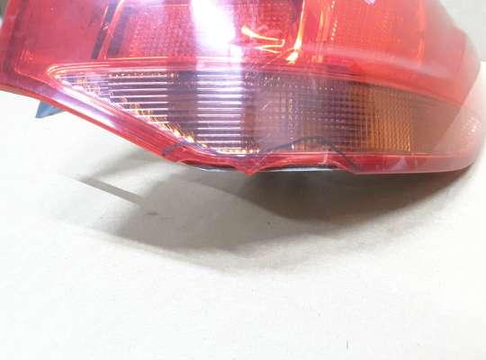 купить Фонарь задний на Opel Astra J