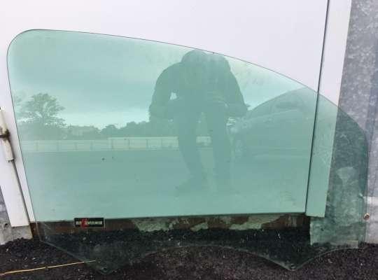 купить Стекло боковое двери на Renault Kangoo II (KW_)