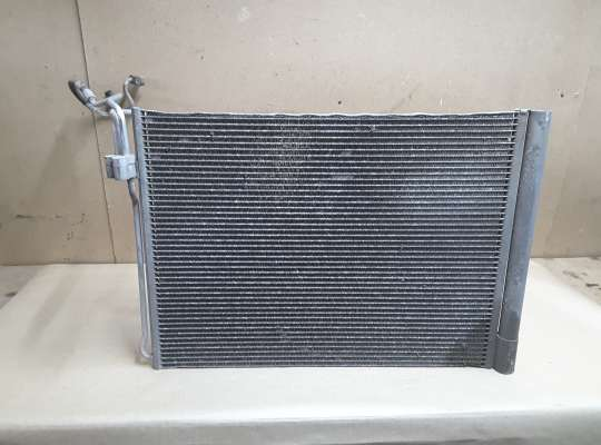 купить Радиатор кондиционера на BMW X5 (E70)