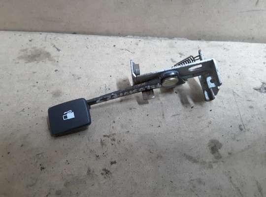 купить Ручка отпирания бензобака на Kia Sportage I (JA, K00)