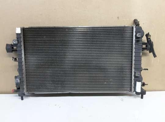 купить Радиатор (основной) на Opel Astra H / Classic