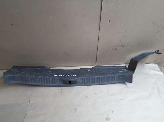 купить Накладка задней панели багажника на Renault Laguna II