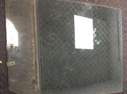 купить Стекло боковое двери на Suzuki Grand Vitara I (SQ, FT)