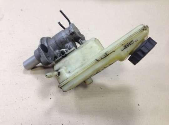купить Главный тормозной цилиндр на Renault Megane II