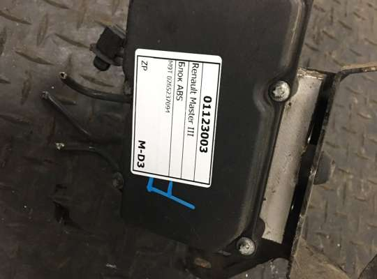 купить Блок ABS на Renault Master III