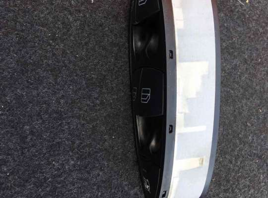 купить Блок управления стеклоподъёмниками на Mercedes-Benz E (W211)