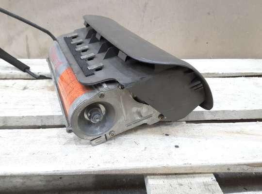 Подушка безопасности пассажира (AirBag) на Mazda 323 (BA) 323C/ 323F/ 323S/ 323P
