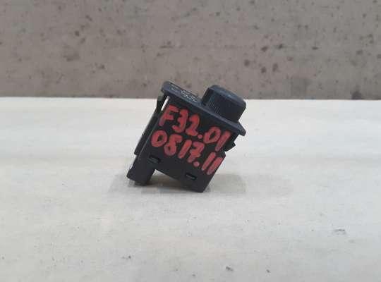 купить Кнопка корректора фар на Nissan Primera (P11)