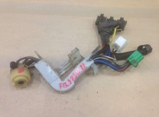 купить Контактная группа замка зажигания на Mazda 323 (BA) 323C/ 323F/ 323S/ 323P