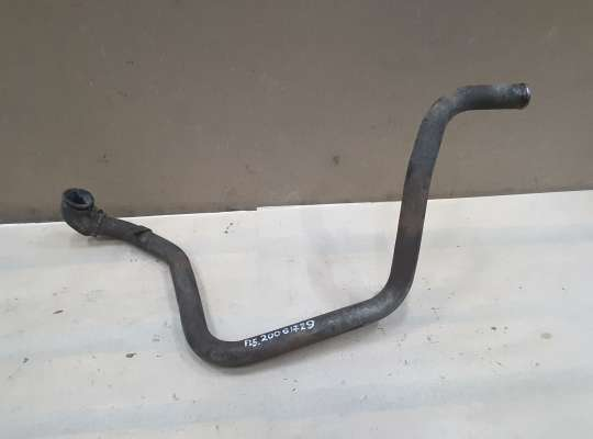 купить Патрубок охлаждающей жидкости металический на Mercedes-Benz Vito (W638)