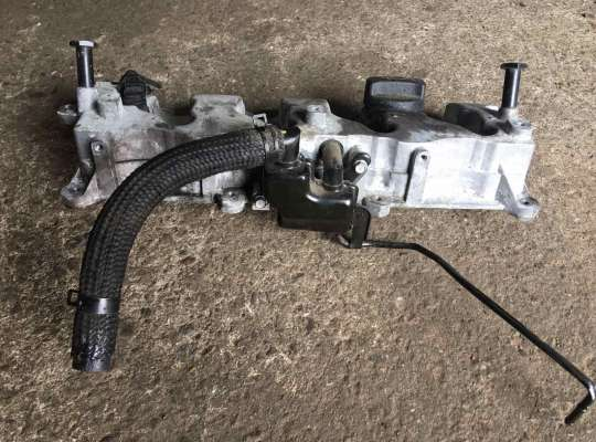 купить Крышка клапанная (крышка головки блока) на Hyundai Santa Fe II (CM)