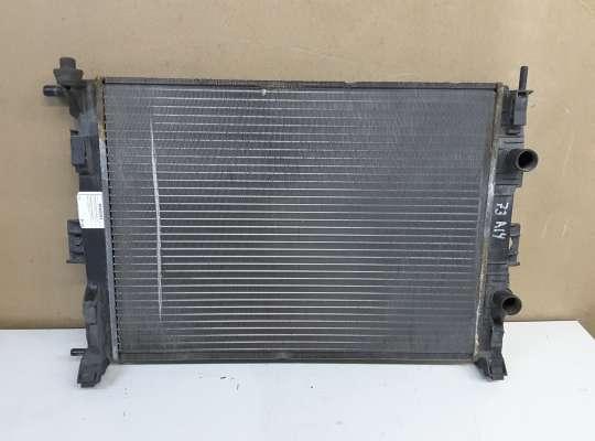 купить Радиатор (основной) на Renault Grand Scenic II