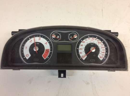 купить Щиток приборов на Renault Laguna II