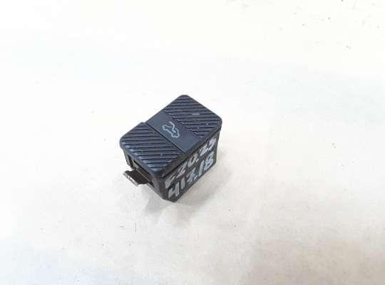 купить Кнопка люка на Volkswagen Passat B3 (35i)