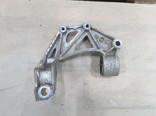 купить Кронштейн рычага на Skoda Fabia II (5J)