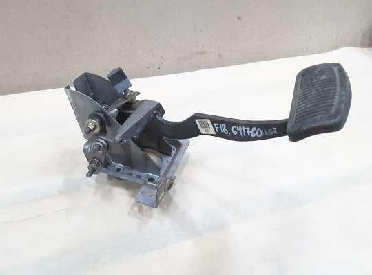 купить Педаль тормоза на Hyundai Elantra III (XD +ТАГАЗ)