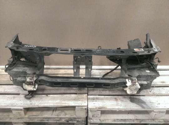 купить Панель передняя (телевизор) на Ford Mondeo I