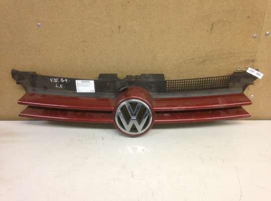 купить Решетка радиатора на Volkswagen Golf IV (1J)