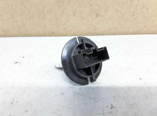 купить Резистор (сопротивление) отопителя на Peugeot 307