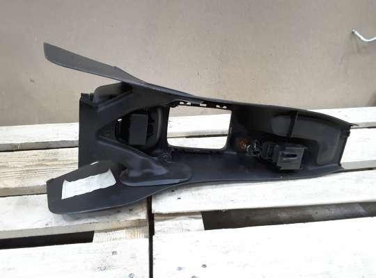 купить Консоль салона на Peugeot 206
