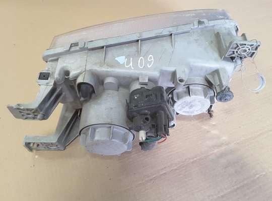 купить Фара передняя на Hyundai Trajet