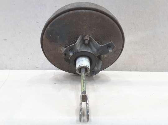 Вакуумный усилитель тормозов на Volkswagen Passat B3 (35i)