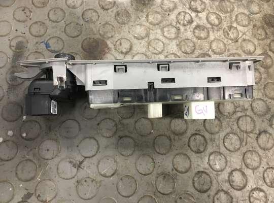 купить Блок управления стеклоподъёмниками на Chrysler 300C I (LX)