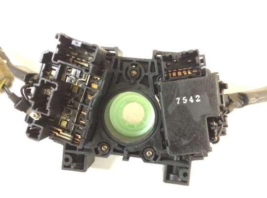 купить Подрулевой переключатель на Nissan Almera II N16
