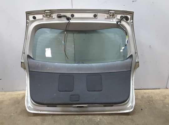 купить Крышка багажника на Toyota Avensis II