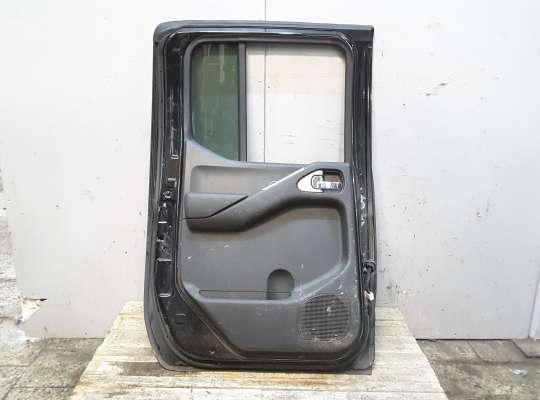 купить Дверь боковая на Nissan Navara (D40)