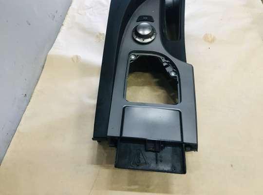 купить Подлокотник на BMW 5 (E60/E61)
