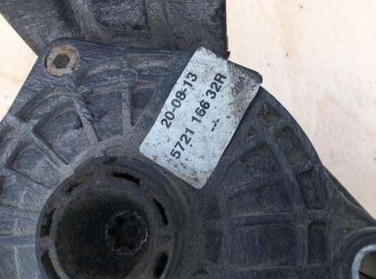 купить Механизм крепления запасного колеса на Renault Master III