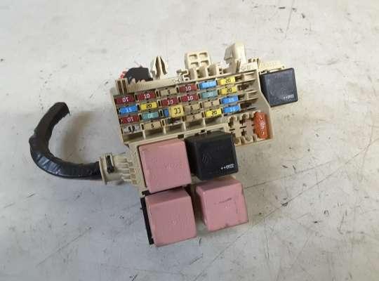 купить Блок предохранителей на Renault Kangoo II (KW_)